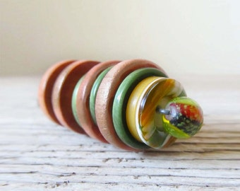 Vintage Stacked Buttons Key Ring Keyring - Moss in the Woods