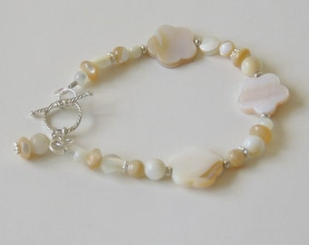 Natural Mother of Pearl Bracelet with Solid 925 Sterling Silver.