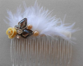White Beige Rose Comb, Gatsby 1920 Combs, 1920s Rhinestone Headpiece, Gatsby Feather Combs, Wedding Comb 1920s, White Feather Comb