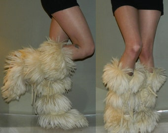 vintage Italian fur muck luck boots 6.5 70s apris ski boots