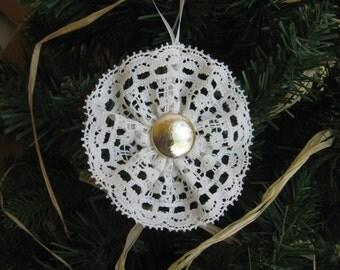 White Lace Snowflake, White Cotton Lace Tree Ornament, Victorian Ornament