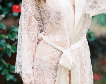 Fleur Le Resort Tulip French Lace & Silk Bridal Kimono Robe in Blush Pink or Ivory