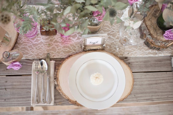 Burlap and Lace Table Runner (6') - Custom made table runners - Rustic Wedding Table Runners
