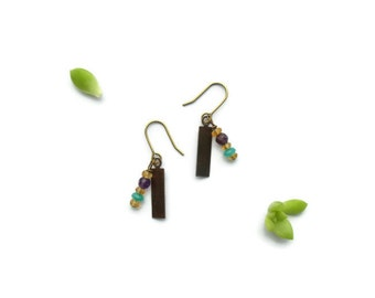 small gemstone dangle earrings // antiqued brass jewelry