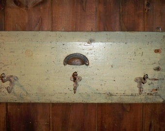 recycled drawer front with 3 coat hooks