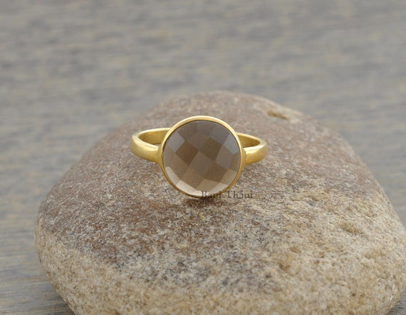 gemstone ring grey chalcedony beautiful faceted 10mm