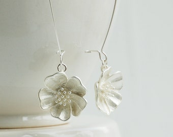 Silver FLOWER Earrings Nature Modern Wedding BRIDE Matte Silver Bridesmaid Winter Wedding