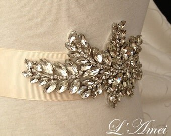 SALE-Handmade Crystal Wedding Rhinestone Belt, rhinestone bridal belt, rhinestone crystal sash, rhinestone appliqué belt, bridal accessories
