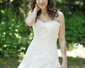 Ivory hair flower - Bridal hair comb - Organza hair flower - Wedding hair comb - Wedding hair flower - White hair flower - Flower headpiece