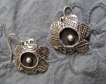 Fine silver flower earrings
