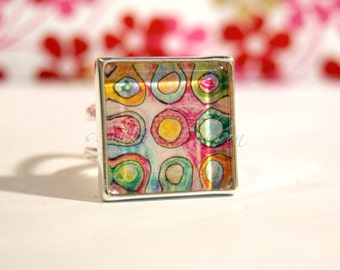 free shipping - Seen at GBK's 2014 Primetime Emmy Gift Lounge, silver, square, ring, circle, modern, pink, tangerine