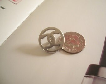 Wonderful CHANEL Cut Out Silver steele BUTTON CC Logo signed lovely Statement Piece
