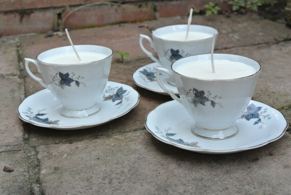 White teacup candles with blue flowers