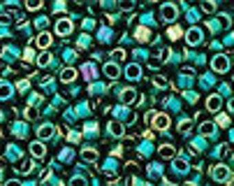 AQV506 Metallic June Bug Toho Treasure