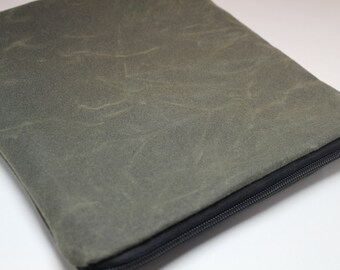 """WAXED CANVAS - 13 inch MacBook Air or 15"""" Laptop Sleeve Case Cover - Padded Weather Repellent and Stain Resistant - Olive"""
