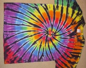 L rainbow swirl and black tie dye tshirt, large