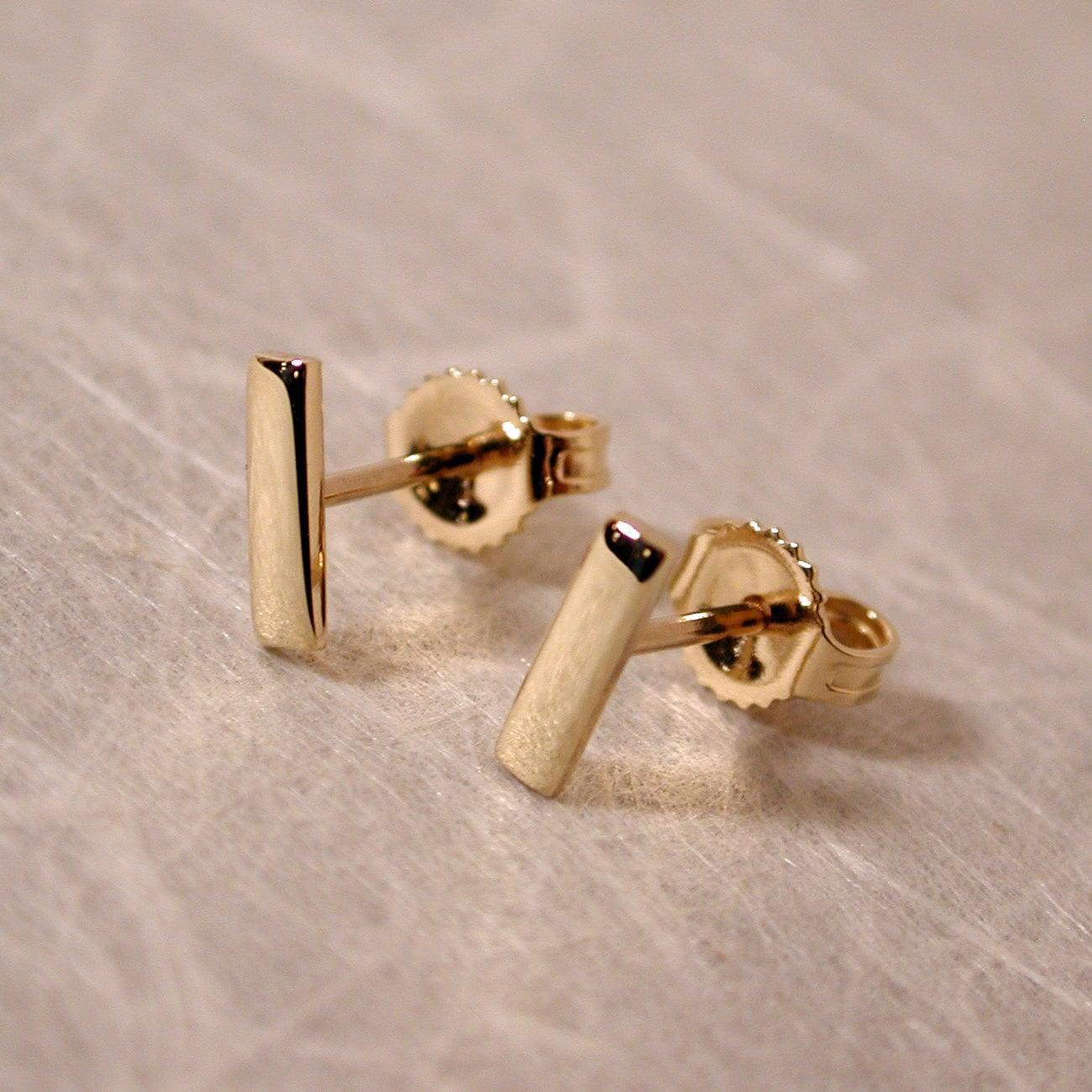 7mm x 2mm 14k gold bar stud earrings 14k yellow gold by