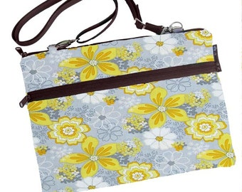 Laptop 13 inch Bag MacBook Air 13 inch sleeve / Retina / MacBook Pro 13 inch Case / Cover Padded FAST SHIPPING/Washable Oopsie Daisy Fabric