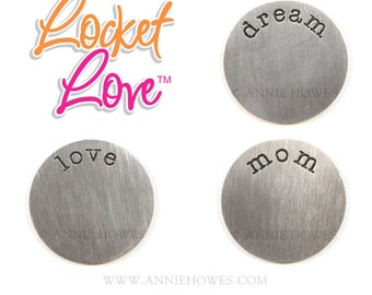 Floating Locket Disk or Disc. Choose your word from mom, dream, or love. 25mm fits 30mm Locket.