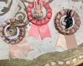Ceramic bunny brooch - brown