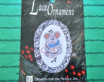 "Designs for the Needle Inc. - 1229 Lace Ornament Mouse 3 1/2"" x 5"" - 1 kit"