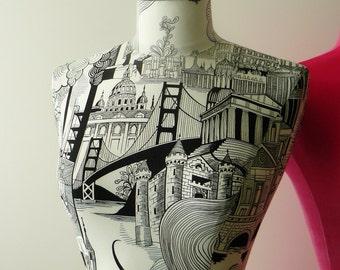Home Decor Striking Black & White Cityscape Display Mannequin Dressform