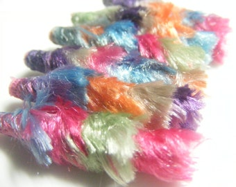 Fiber Bead  Set Feathery Army plumeaux continues to grow without an end in sight. Victory is near.