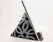 PodPillow for iPad - Tablet Stand