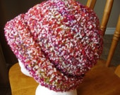Crochet Teen/Adult Womens White and Burgundy/green textured Bowler Hat