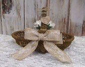 Flower Girl Basket, Willow Wedding Basket with Burlap and Lace Bow, 3 Paper Roses, Rustic Wedding, Shabby Chic Wedding