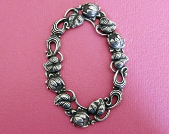 NEW Large Oval Silver Floral Frame 3518