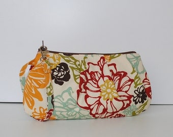 Pleated Wristlet Zipper Pouch // Clutch - Bibi Fiesta