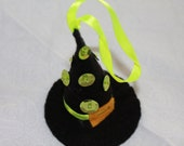 Felt Halloween Ornaments Black Witch Hat with green sequins and beads Halloween Decoration felt Decoration