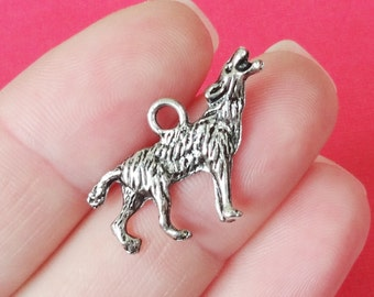 10 Wolf Charms  (3D double sided)  25.7x17.3mm, Hole:Approx 1-3mm