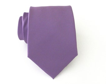 Mens Tie. Orchid Purple Mens Necktie