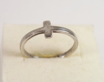 Cross Sterling Silver He Is Love Ring Vintage 70s Jewelry