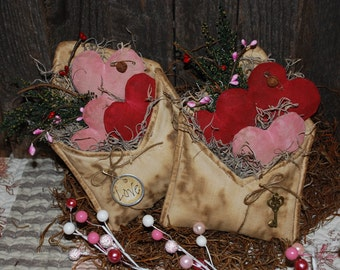 EPATTERN -- Valentine Envelope and Hearts Tucks Bowl Fillers