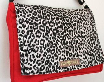 Red White LEOPARD Animal MESSENGER Book Laptop iPAD Diaper BAG