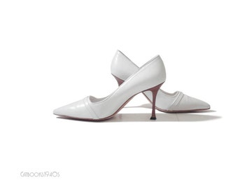 Vintage White Manolo Blahnik Shoes // Leather Manolo Blahnik High Heels Size 40.5