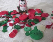 Christmas Mix Red White Green Buttons 50g 2oz