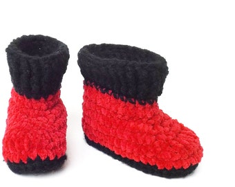 Santa Boots, Baby Boy Booties,  1st Christmas, Crochet Booties Size 3 to 6 Months