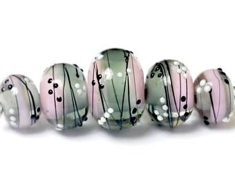 Five Princess Party Graduated Rondelle Beads - Handmade Glass Lampwork Bead Set 10109811