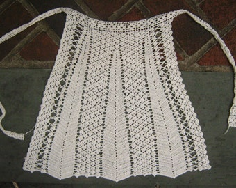 Sweet Minimal Crochet Apron White Back Thennish Vintage White