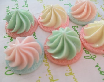 Chunky whipped cream cabochons 6pcs