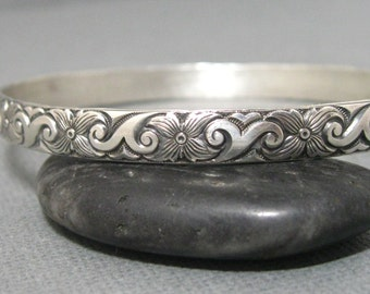 Leaf and flower pattern sterling silver bangle bracelet, handmade artisan pattern bangle