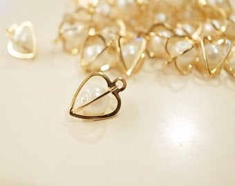 30 vintage raw brass heart shape caged beads charm with white pearl bead inside 3d 9mm plated in gold tone