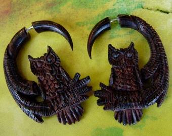 Fake Gauge earrings - Wood ,Organic ,tribal style, Tribal Expander Split,hand made,fake piercings.owl