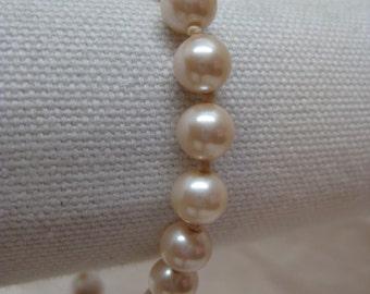 Pearl Bracelet Monet Vintage Knotted