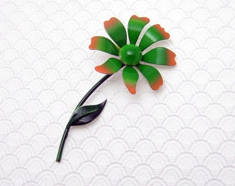 Sixties Flower Brooch Vintage Costume Jewelry P6077