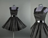 Vintage 1950s Dress / cotton full skirt dress  / 50 Dress / 1950s day Dress / black Jerry Gilden lace dress S